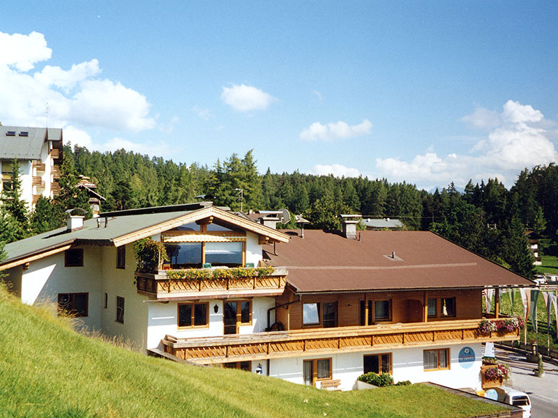 [Translate to it:] Landhaus Schöpf im Sommer